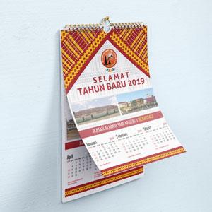 Bikin Cetak Desain Kalender Dinding